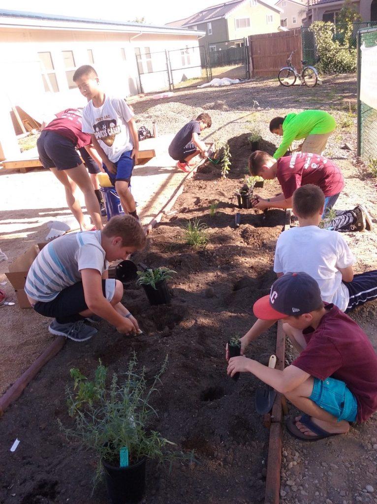 Kids-in-Native-Gardens